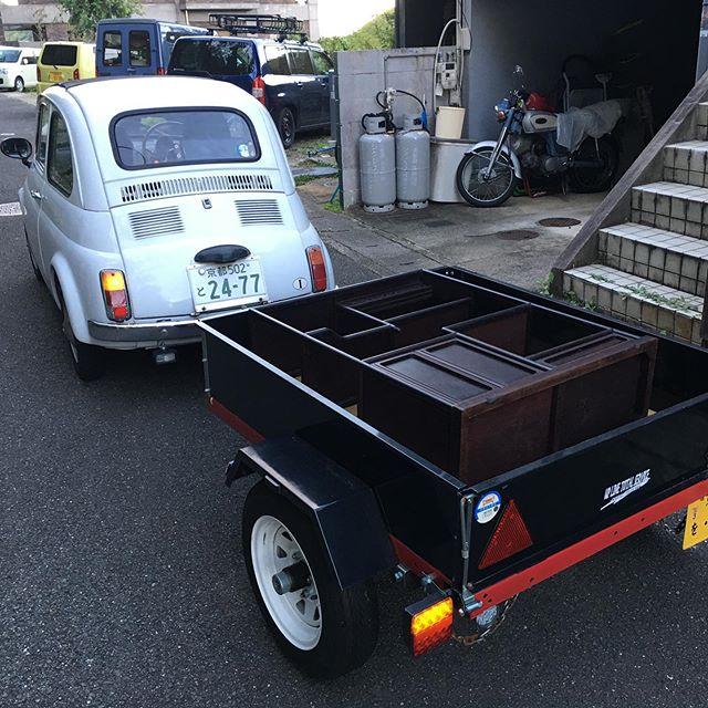 修理した棚の納品。輸送に耐えられるか? (from Instagram)
