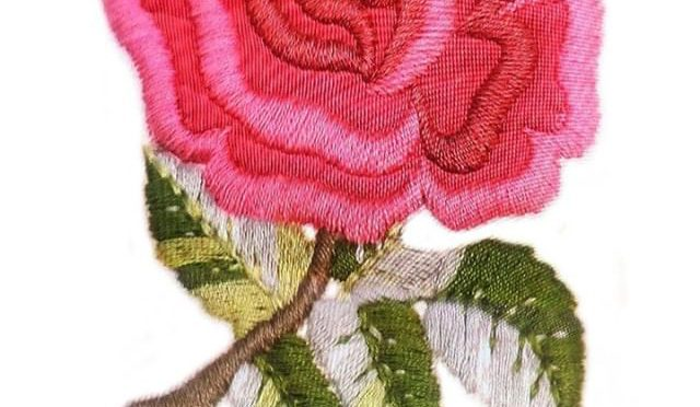 The Embroidered Rose Badge of England's Rugby Jersey for the Far East Tour in 1971– when I was a student, I like the team so much that I even hand dyed a similar rose mark on the chest of my white practice jersey to mimic the national team's real one. The image shown here was taken from a scene of a TV program that featured the very first test match, England vs Japan. (from Instagram)