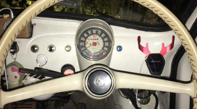 FIAT 500 せっかく右ハンドルなのに、、、